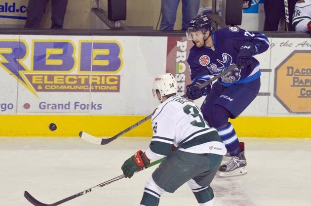 Langdon Forward Looks To Stick With Ahl S Moose Airdrietoday Com