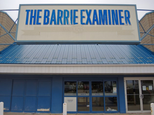 2017-11-27 Barrie Examiner exterior