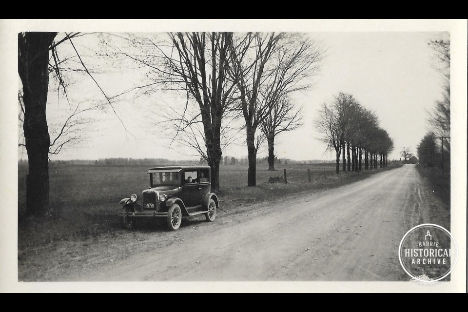 Highway 11 near Stroud 1926. Photo courtesy of Barrie Historical Archive.