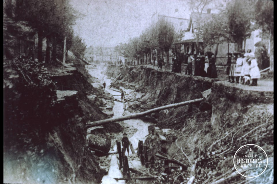 Looking down Clapperton St., from about Worsley St., to Five Points, after the flood. Photo courtesy of Barrie Historical Archive.