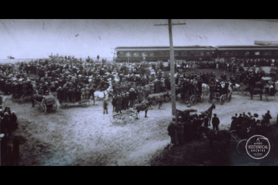 Carriages and people of kinds greet the Duke of York at the Barrie train station in 1900. Photo courtesy of the Barrie Historical Archive