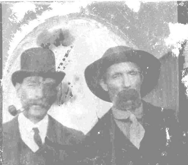 Alfred (Perch) Lowe, left, and his brother, Henry (Sank) Lowe, right.