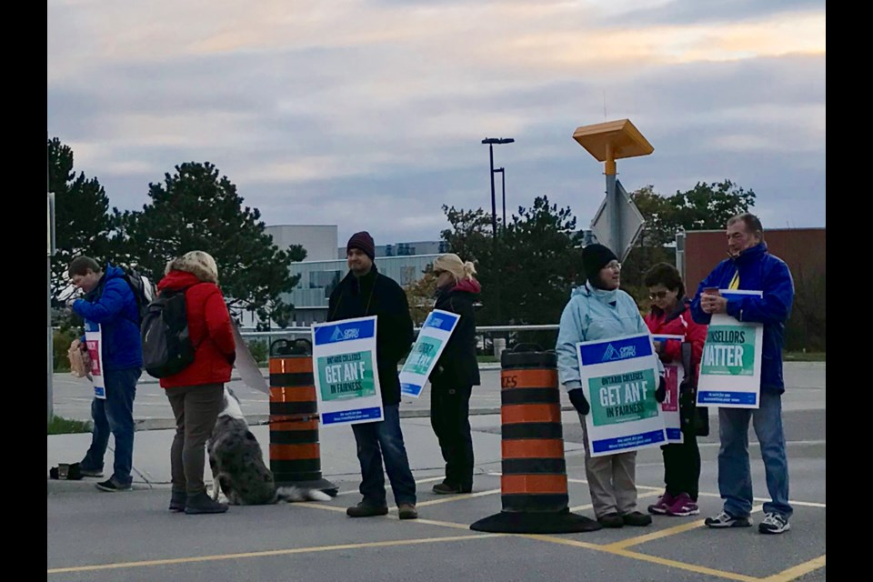 Pickets up at Georgian College - BarrieToday.com