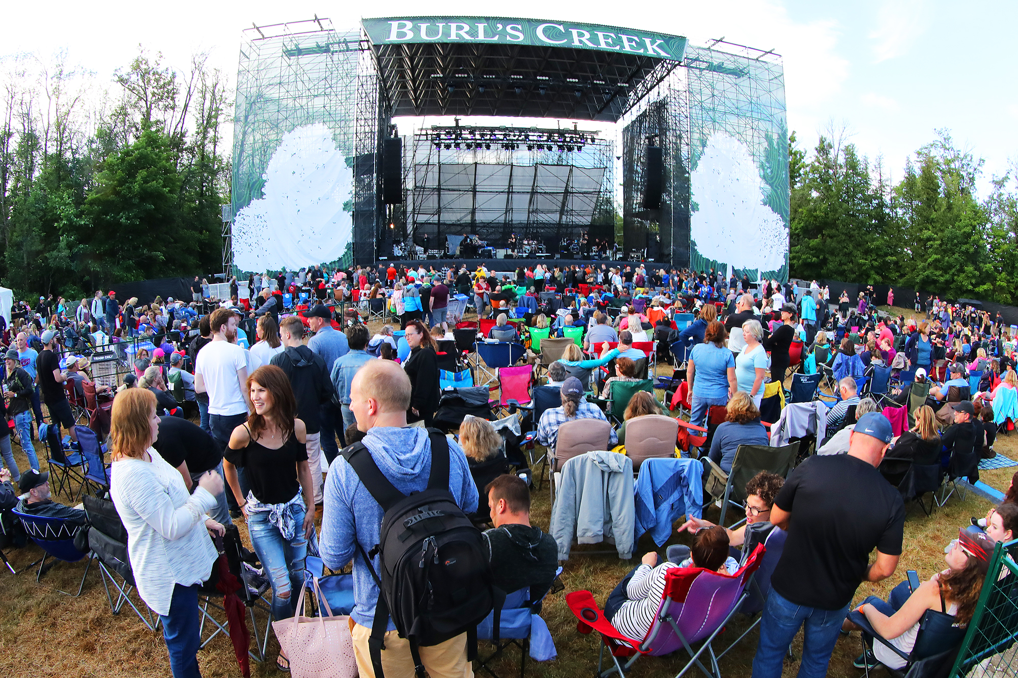 Bylaw extension allows for another season of concerts at Burl's