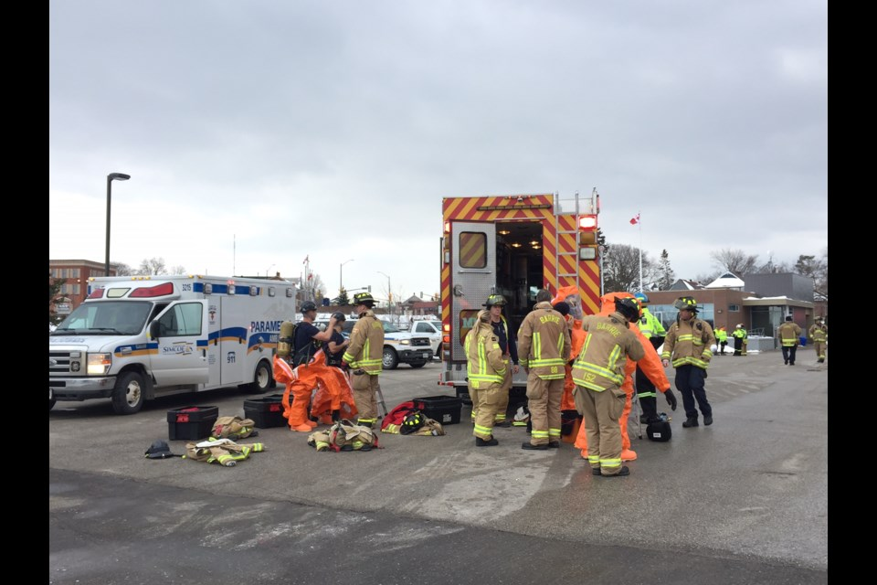Hazmat-suited firefighters check on spill - BarrieToday.com