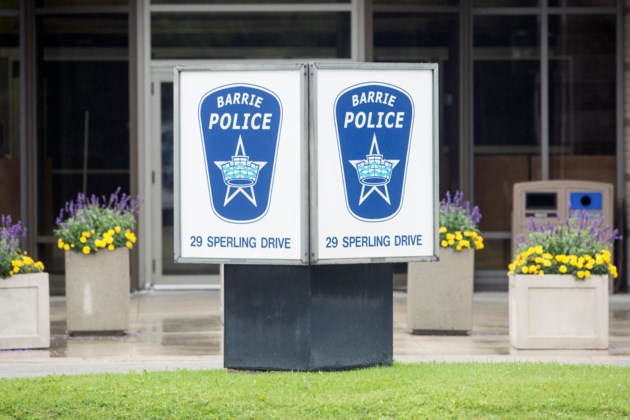20160816 Barrie Police Station Sign KA 01