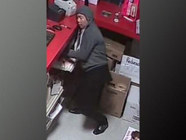 2017-10-27 South Simcoe theft suspect