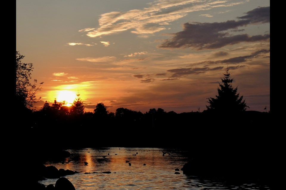 We say good morning but in a rare instance we bring you an image from last night's gorgeous sunset. Sue Sgambati/BarrieToday