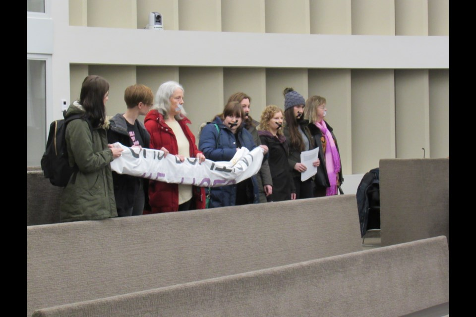Project X Silent Demonstration takes place during Barrie City Council