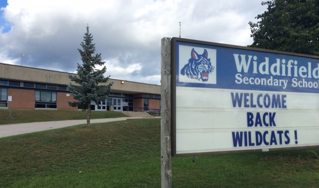 20170303 widdifield secondary school front entrance welcome sign  turl 2016