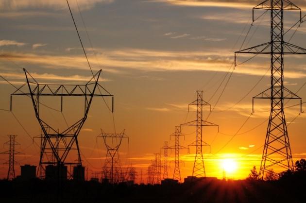 hydro power lines shutterstock_19202875 2016