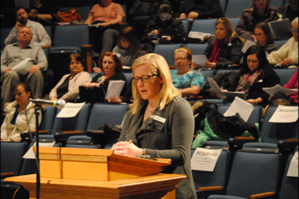 Concerned mother Rachael Yerlitz spoke on behalf of a group of parents at the ARC meeting, Wednesday. Photo by Stu Campaigne.