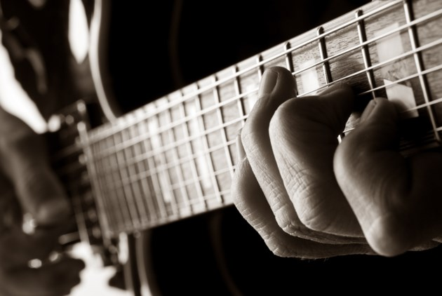 jazz guitar AdobeStock_65182789 2017