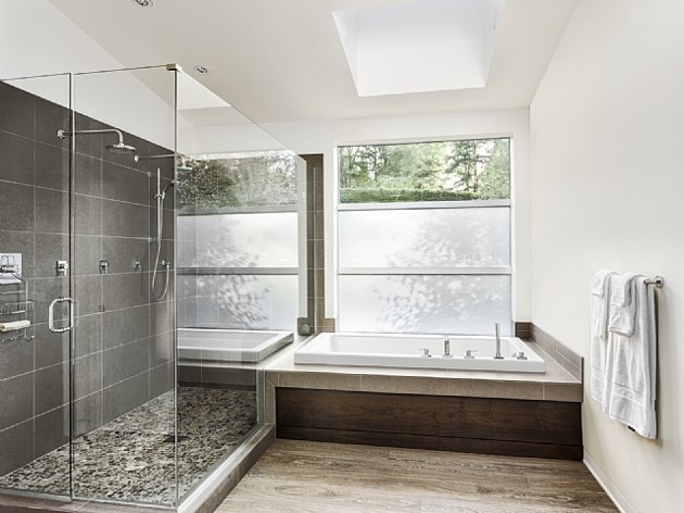 Top 10 home renovations in canada in 2016 for Bathroom design qualification