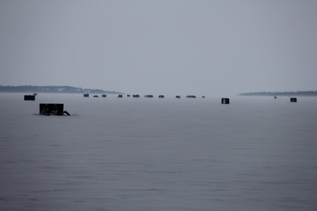 USED 20180110 8 Ice huts on Lake Nipissing. Photo by Brenda Turl for BayToday.