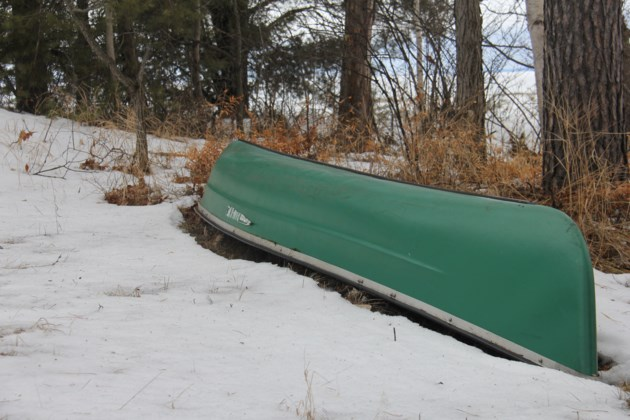 USED 20180308 6 Green canoe on the shore. Photo by Brenda Turl for BayToday.