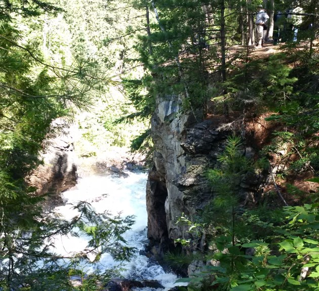 Faults and glaciers the focus of Eau Claire Gorge hike