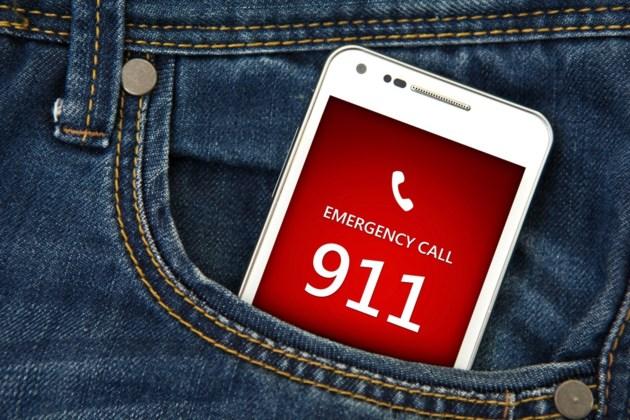 911 pocket dials shutterstock_217511419 2016