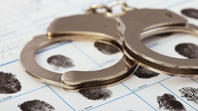 handcuffs 2 2016