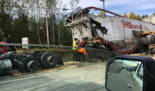 temagami highway 11 richfield rd transport accident 4 2017