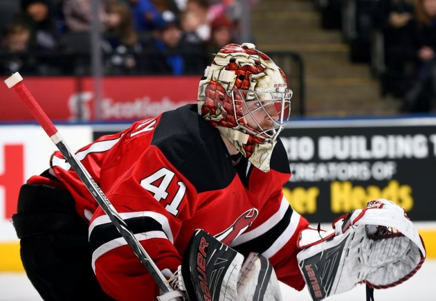 Keith Kinkaid, Brian Gibbons hurt in Devils' loss to Flyers
