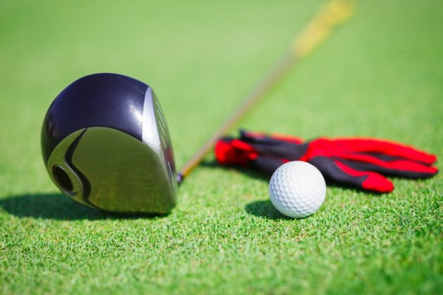 golf club ball and glove shutterstock_123684376 2016