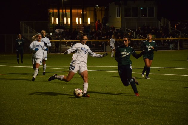Lakers soccer teams net a pair of playoff victories - BayToday.ca 9d21b3ebc9