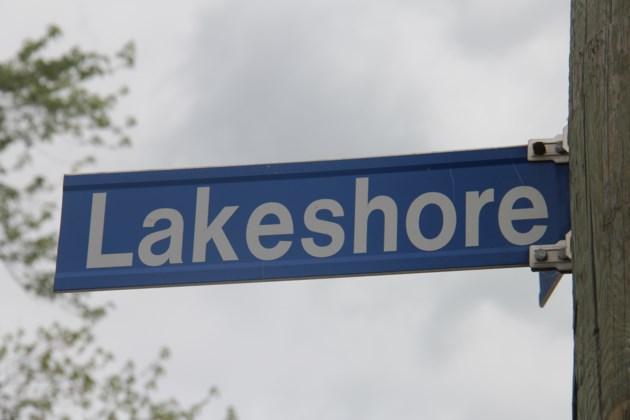 20181201 lakeshore drive sign turl