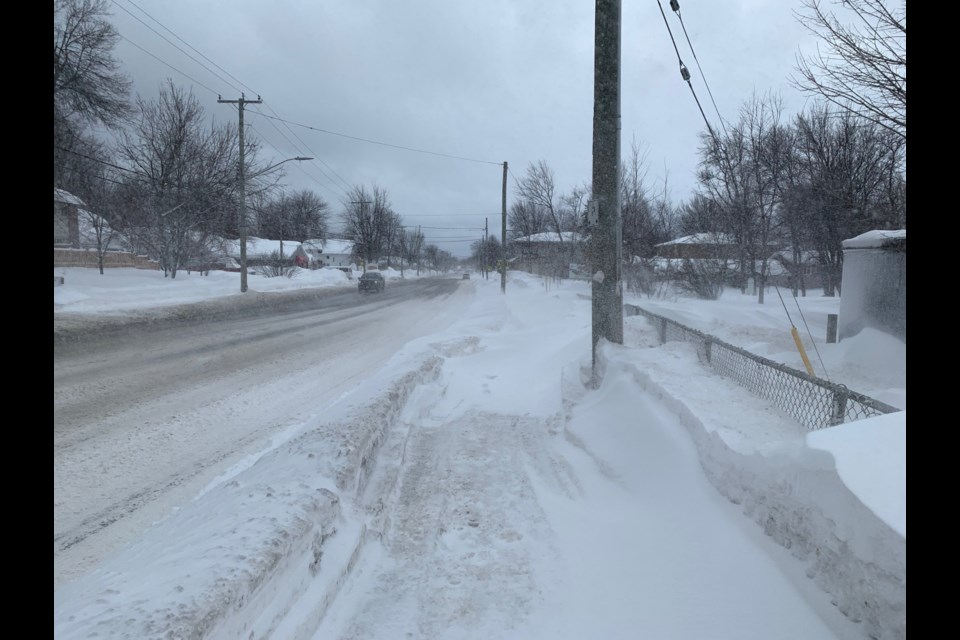 Lakeshore Dr. this afternoon. Jeff Turl/BayToday.