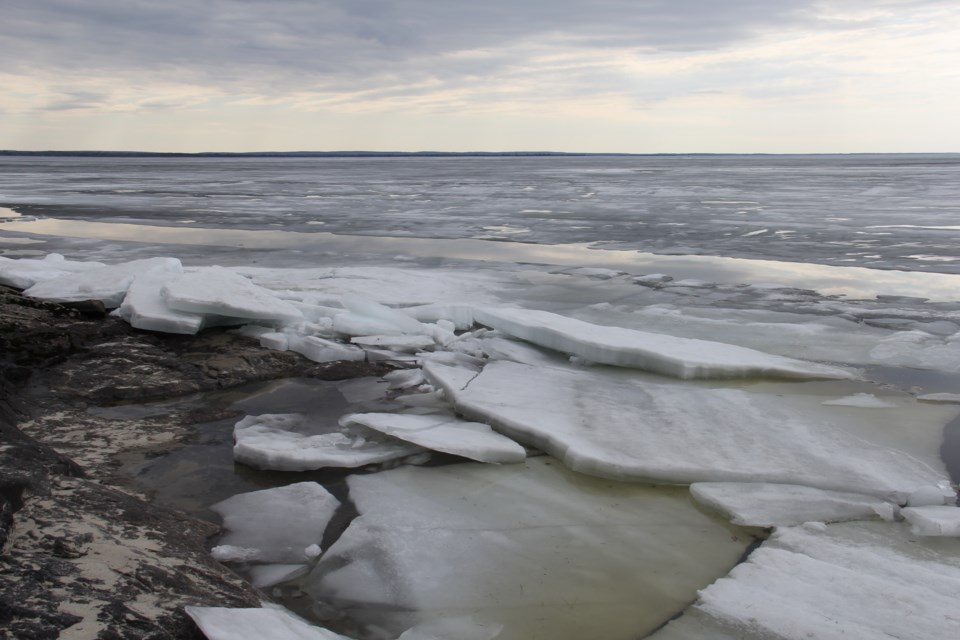 Sheets of ice are already crawling up the Lake Nipissing shoreline. Jeff Turl/BayToday.