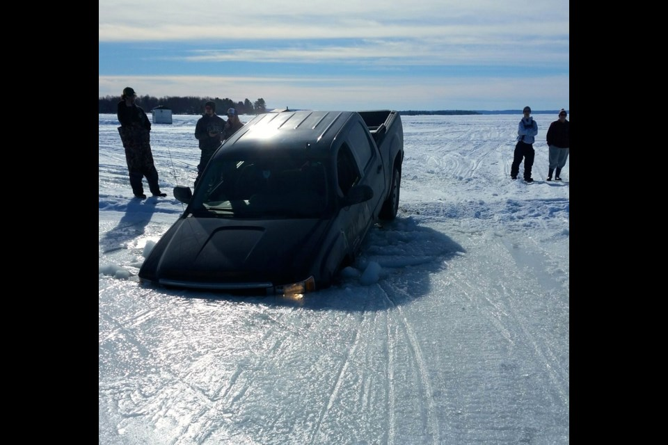 Truck goes through the ice on Lake Nipissing Lakenipissingtruckfeb20173