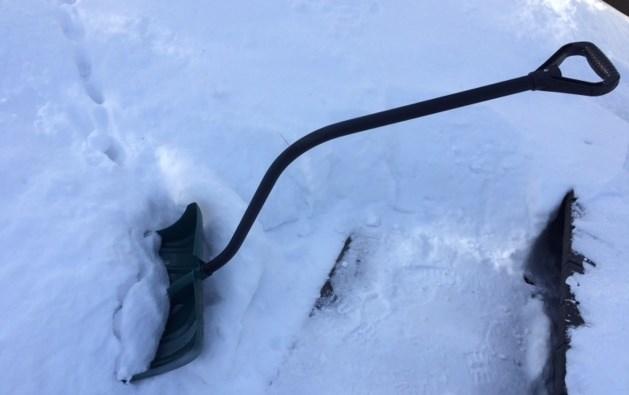 snow shovel 2016