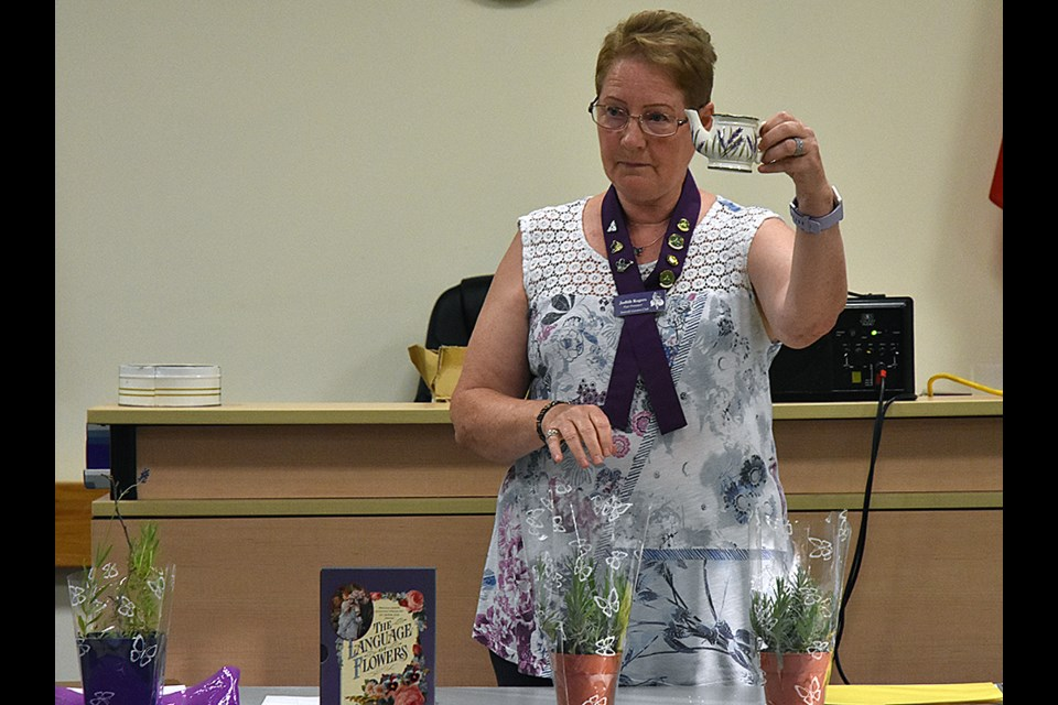 Guest speaker Judith Rogers brought examples of lavender - including a small lavender-decorated jug - as prizes in a quiz. Miriam King/Bradford Today