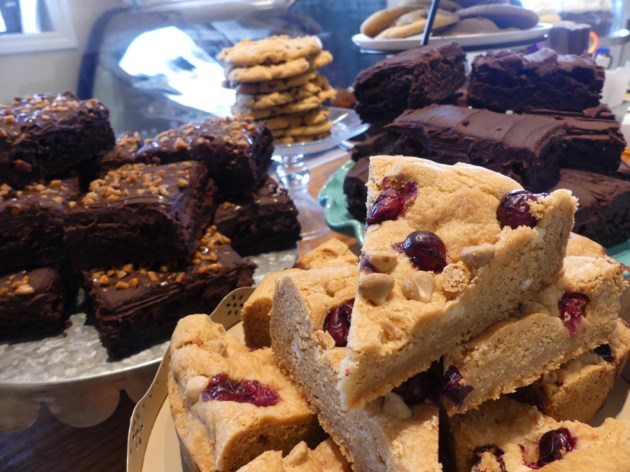 ONTARIO: Pot laced brownies sicken unsuspecting lunch goers in Parry Sound