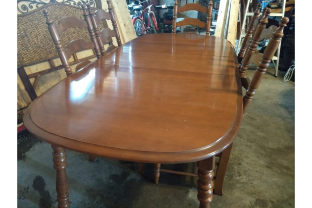 IMG 20180308 160148319 Vilas Canada Dining Room Solid Maple Table