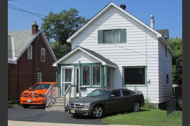583 John street view summer