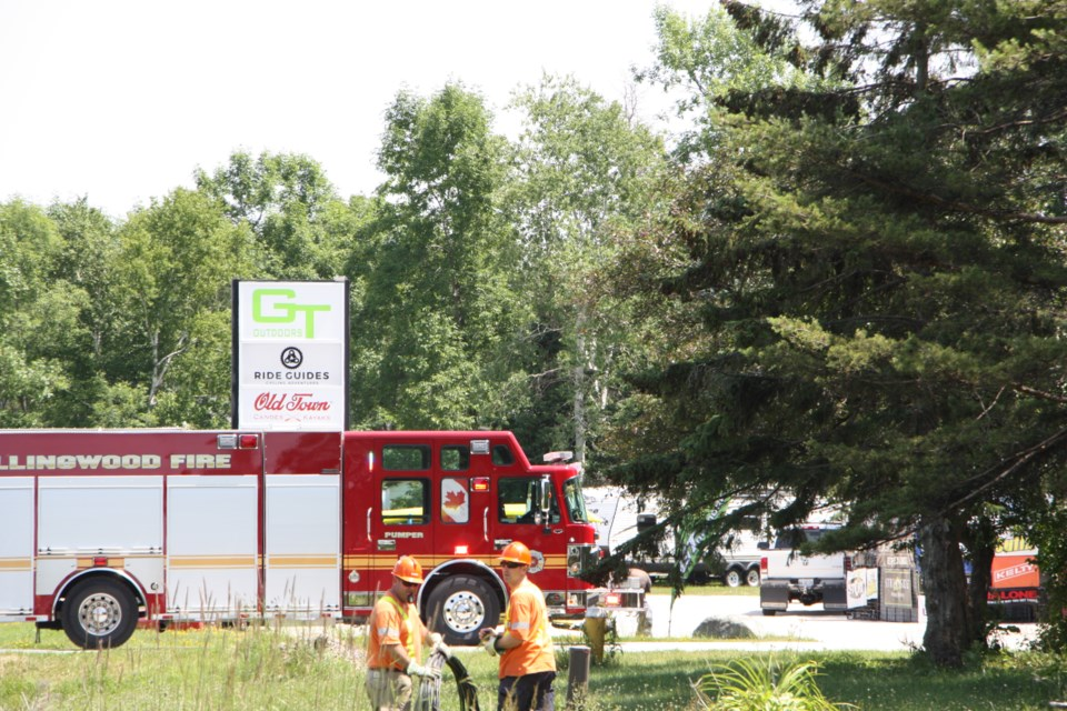 Fire crews were on scene with two trucks at Beachwood Road today. One truck returned to the station while the other remained on standby while hydro crews worked on nearby power lines. Erika Engel/CollingwoodToday