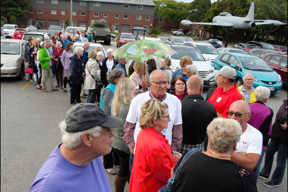 The line up for entry into the Collingwood Legion stretched across the parking lot on Tuesday night. Jessica Owen/CollingwoodToday