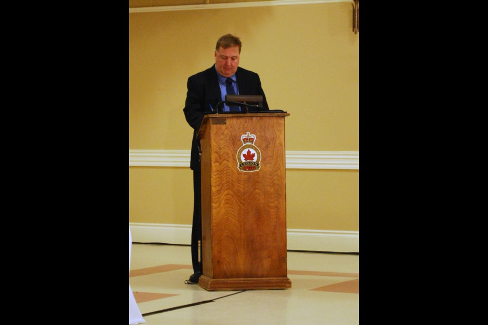 ohn Eaton of 95.1 The Peak FM moderated the Simcoe-Grey all-candidates debate on Monday night. Jessica Owen for Collingwood Today.