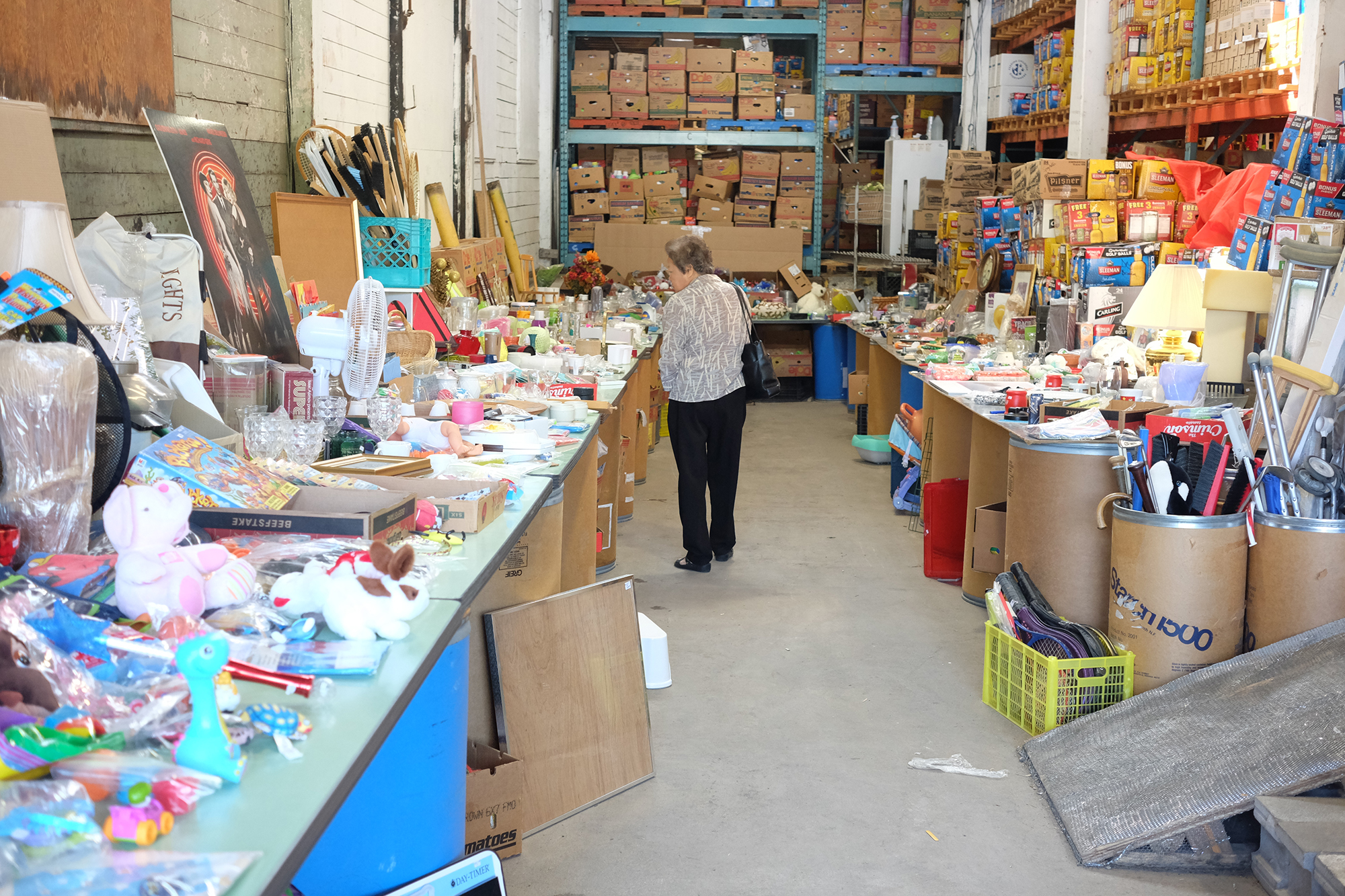 Garage sale and auction at Guelph Food Bank helps to 'keep the lights on' (12 photos)