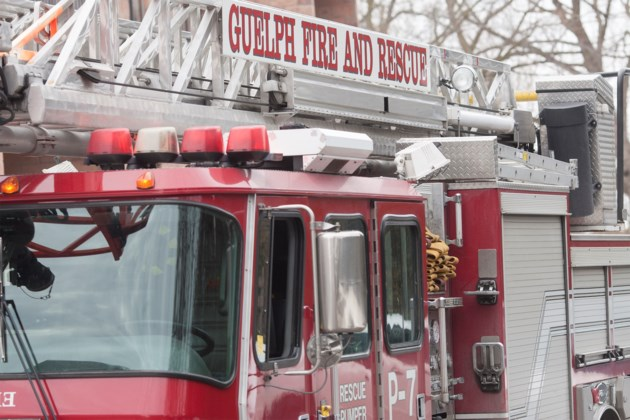 20160201 Guelph Fire Department Fire Truck Ladder KA