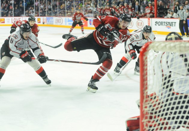 Guelph Storm starts run for the Memorial Cup with big win (9 photos)