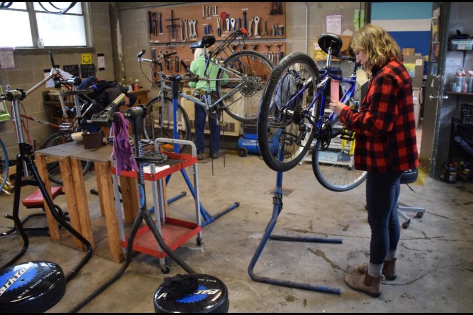 Bike Repair Shop Shares Diy Skills With All Guelphtoday Com
