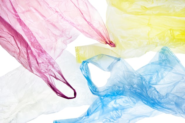 121217-plastic bag-AdobeStock_52351173-MG