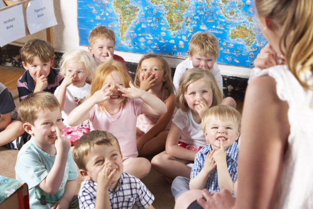 pre primary-school-classroom-students-AdobeStock_17000780
