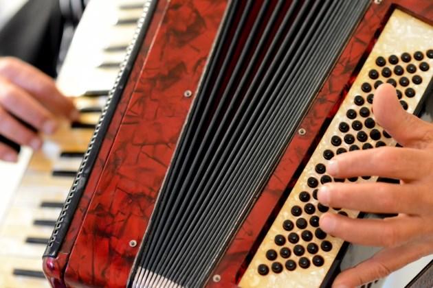 041819-accordion