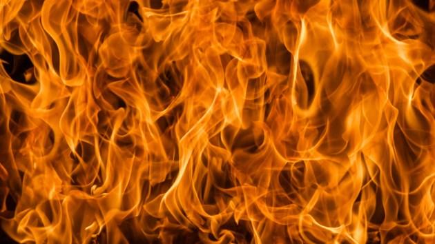 110518-fire flames-MG