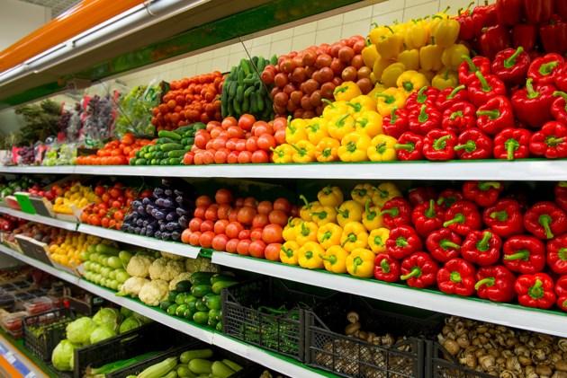 052418-fruit-grocery store-shopping-vegetables-produce-market-AdobeStock_108194621