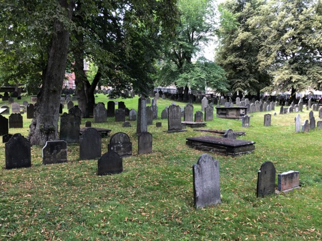 082718-The Old Burying Ground cemetery-IMG_7501