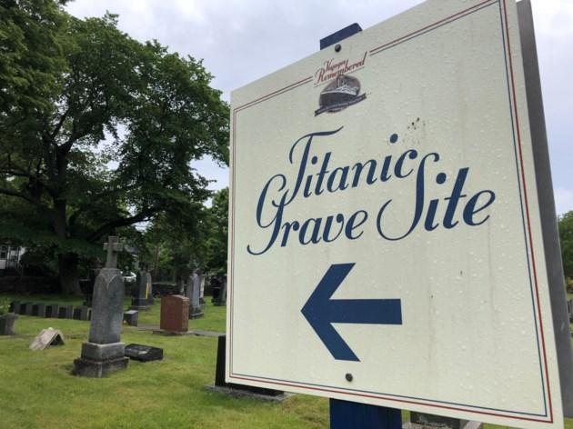 080818-titanic grave site-IMG_6226